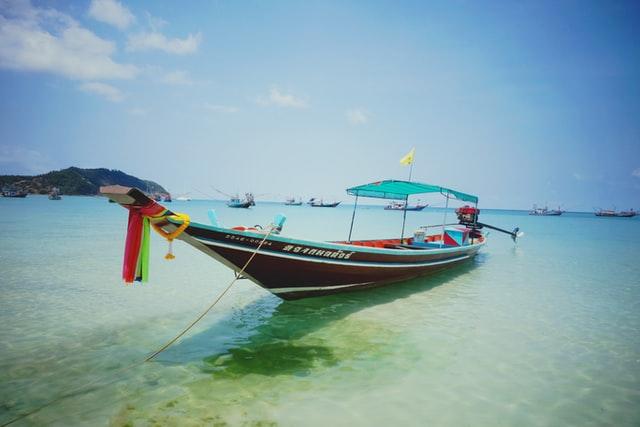 Longboat in Ko Pha Ngan