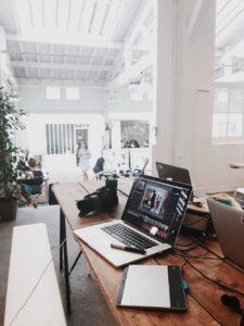 graphic-designer-digital-nomad