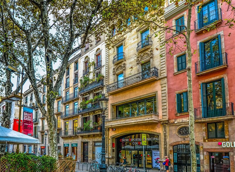 where-to-live-in-barcelona-digital-nomads