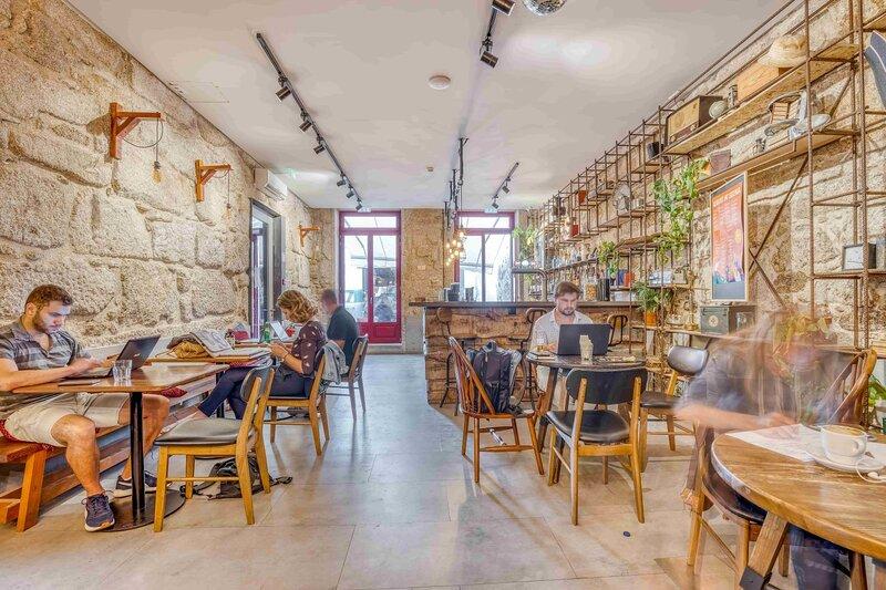 Selina-porto-cafe-coworking