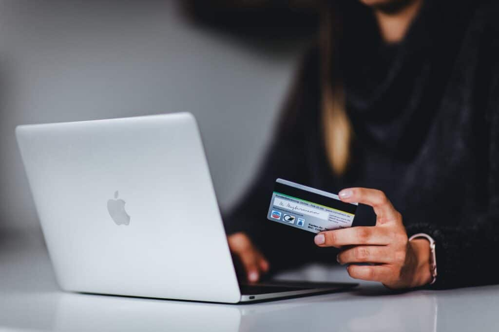 best-banking-options-for-digital-nomads
