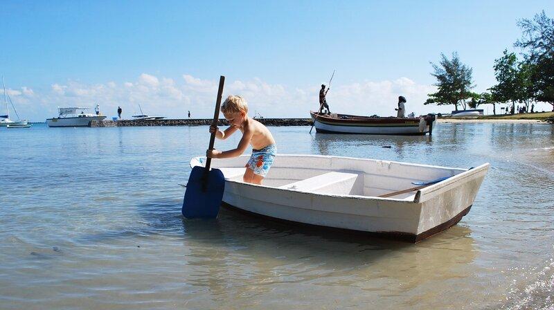 digital-nomad-family-mauritius